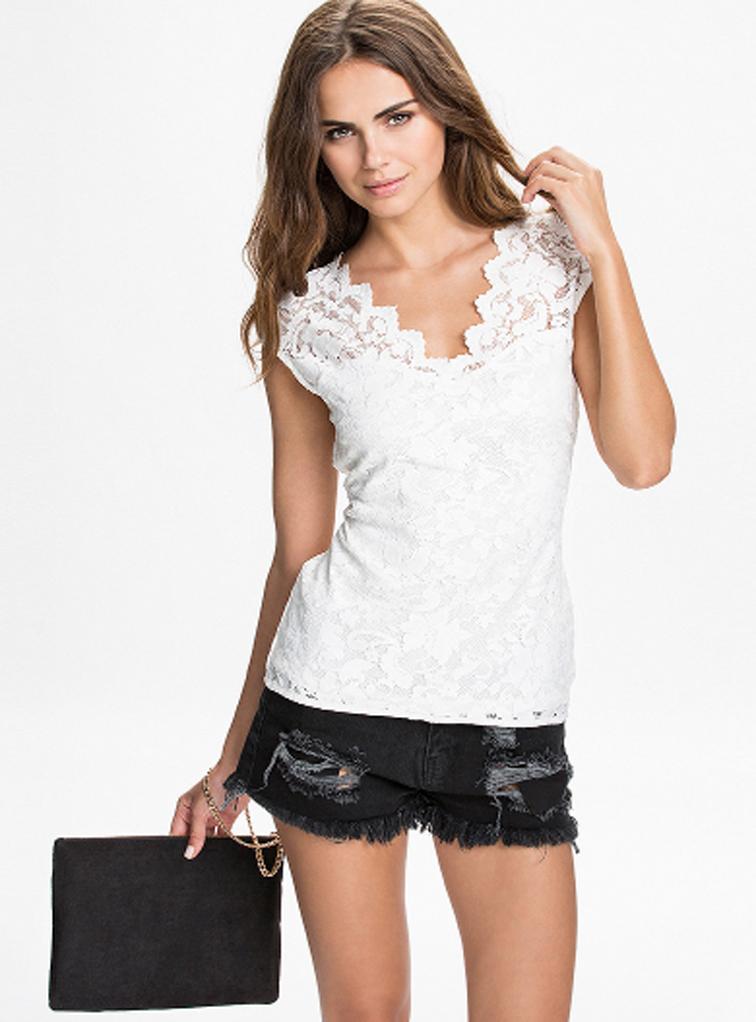 Купить модную блузку футболку