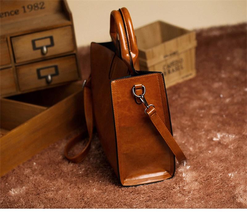 731ce7c07a2e удобную и вместительную женскую сумку  купить в Москве и Санкт ...