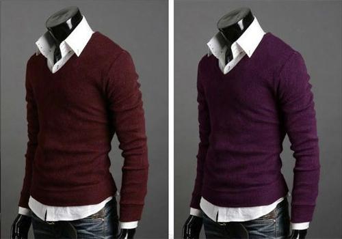 ad61a3008a8d Модные мужски свитера и кофты универсальны еще и тем, что они могут быть,  как элементом зимнего образа, так и осеннего, стоит лишь правильно  подобрать ...